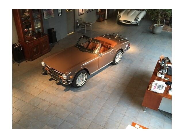 Image 1 of Triumph: TR-6 TR6 Brown