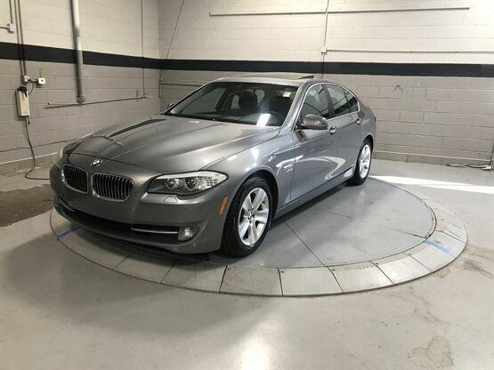 2012 BMW 5 Series 528i xDrive AWD 4dr Sedan Grey Luxury Car Outlet 630-405-1784
