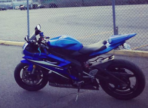2007 Yamaha R6 For Sale: Great condition with lots of extras