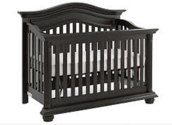 New Baby Crib by Baby Cache for Nursery in Espresso. Never used! Unisex
