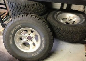 Jeep Mags with Winter tires (studs)
