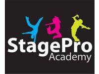 Piano Lessons StagePro Academy