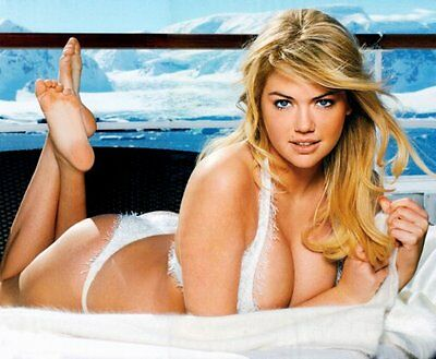Kate Upton Poster 24In X 36In