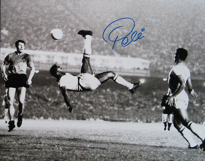 PELE SIGNED PHOTO 8X10 RP AUTOGRAPHED SOCCER LEGEND ()