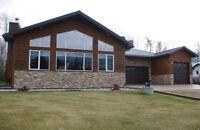 Amazing Home at Fawcett Lake - 66 Broken Paddle Dr.