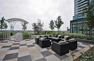 Stunning 1 bed plus den 1 bath condo Square one Mississauga