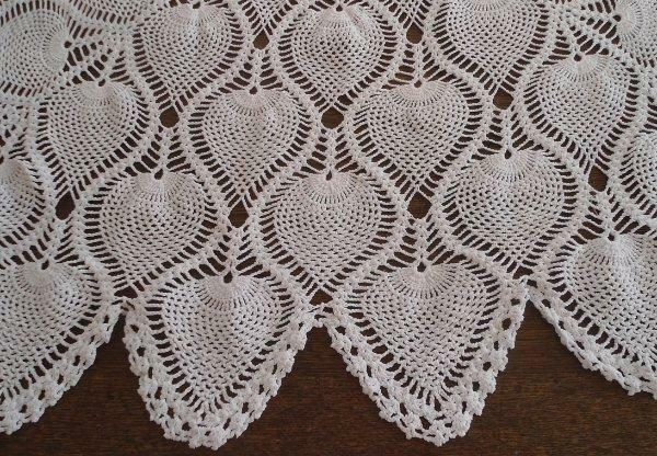 """Vintage Pineapple Crochet Lace Tablecloth Ivory Cotton Handmade 44"""""""