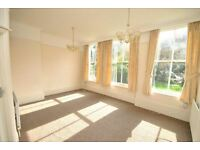 2 bedroom flat in Pelham Road, Grimsby