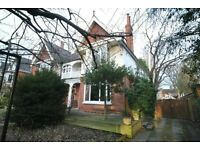 2 bedroom flat in Park Drive, GRIMSBY