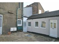 3 bedroom house in Sea View Street, CLEETHORPES