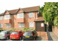 2 bedroom flat in Oyster Court, Cleethorpes