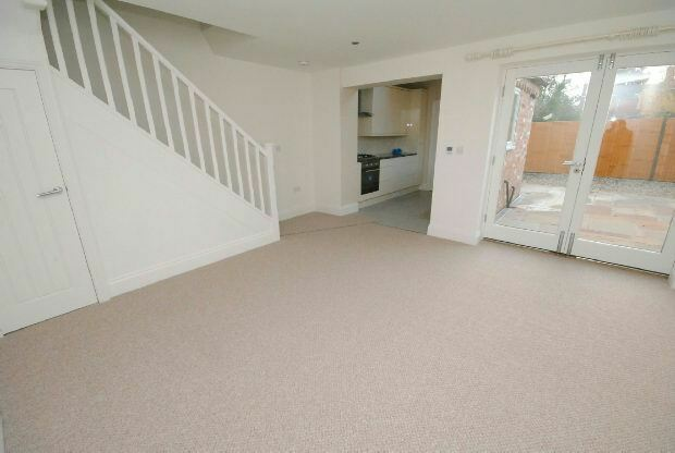 1 bedroom house in Cross Street, Waltham, GRIMSBY | in ...