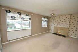 3 bedroom flat in Coniston Avenue, Scartho, Grimsby