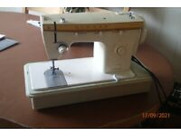 Singer Fashion Mate 368 Sewing machine for sale.