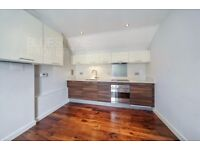 ***1 DOUBLE BED***BALCONY***VERY SPACIOUS***FULLY FURNISHED***AVAILABLE NOW***FULHAM***SW6***