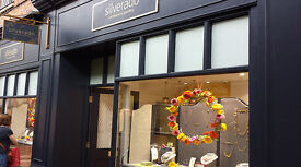Bright, dynamic salesperson wanted for modern jewellery store in Guildford, 12-25 hrs pw flexible