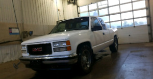 Low km 1998 chevy 1500