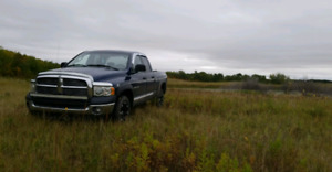 2005 Dodge Ram 1500 4x4 5.7 hemi