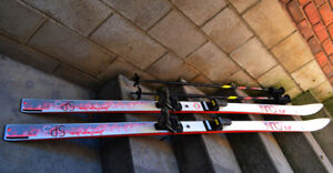 Olin Sp3 196cm Slalom Downhill Skis with poles and Look Bindings