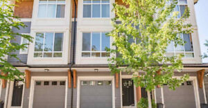 $2250/Mth - 2 Large Bedroom, 2.5 Bath Townhouse in South Surrey