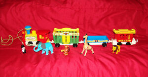 Vintage 1973 Fisher Price Play Family Litttle People Train Plus
