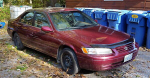 1998 Toyota Camry CE w Summer and Winters Kawartha Lakes Peterborough Area image 1
