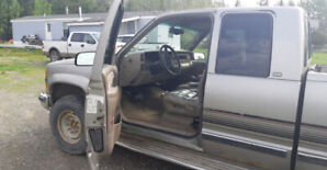 1998 Chevy Silverado Diesel with tank and dry box
