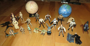 LOT OF STAR WARS FIGURES + PLANETS