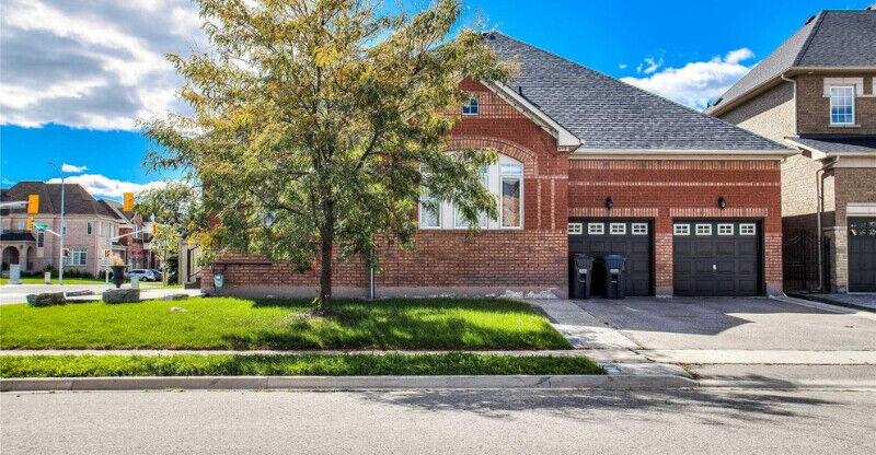 4+2 bedroom power of sale house in brampton | Houses for ...