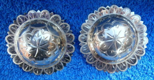 2-3/8 in. Engraved Scallop Edge Domed Silver Horse Bridle Conchos