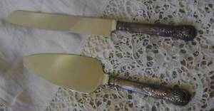 """HEARTLINE"" STAINLESS STEEL CAKE KNIFE AND SERVER DUO Harrington Greater Taree Area Preview"