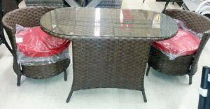 Ensemble table + chaises en osier NEUF