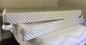 Bed Foundations - King Bed Box Springs: 2 Twin XL