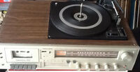 Realistic vintage 8track player recorder