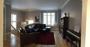 Vous hésitez entre un condo et une maison avec peu d'entretien? Québec City Québec image 2