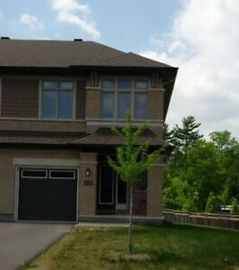 Executive Townhome in Kanata Lakes for Rent (Available Aug 1st)