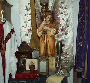 Acheterais  articles religieux Buying  religious relics