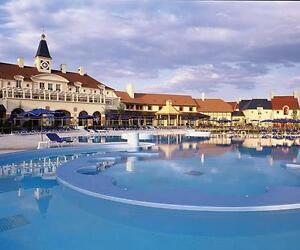 FRANCE DISNEYLAND @ Marriott's Village d'Ile-de-France !!!