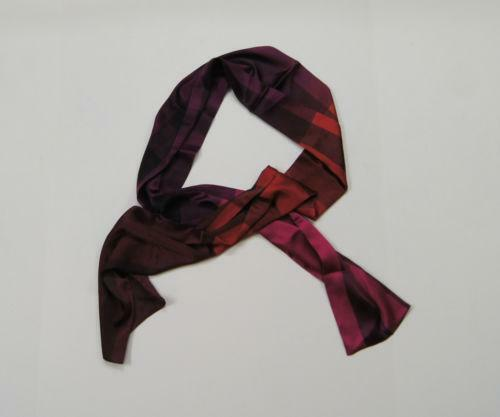 566756b2978 Womens Burberry Scarf