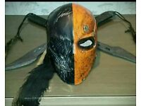 Death stroke cosplay mask and swords