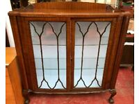 **£55** Beautiful Vintage Wooden Glass Fronted Cabinet with Queen Anne Legs