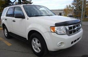 2009 Ford Escape XLT SUV, Crossover, AWD, LEATHER INTERIOR