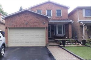BEAUTIFUL HOME IN MARKHAM!!!!