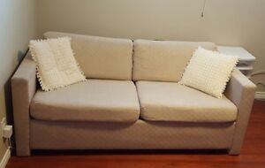Sofa bed buy or sell a couch or futon in calgary for Sofa bed kijiji calgary