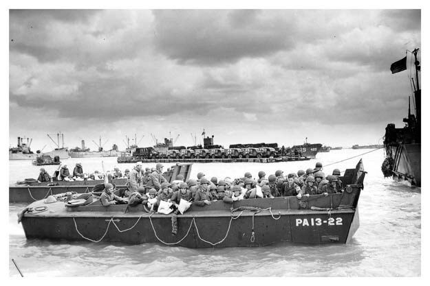 WWII Silver Halide Photo Normandy Invasion Troops Disembarking At Utah Beach