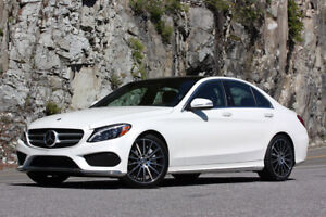 2015 Mercedes-Benz C-300 with Navigation Fully loaded