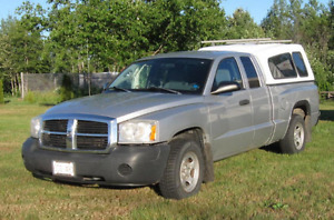2005 Dodge Dakota Pickup Truck 2x4