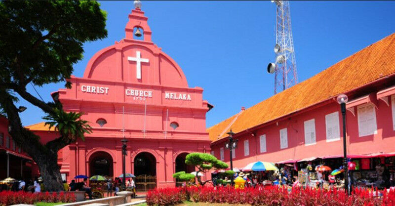 PRIVATE TAXI SERVICE FROM SINGAPORE TO MELAKA / Malacca (From S$240)