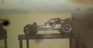 Hpi baja 1/5 scale gas powered