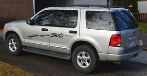 2004 Ford Explorer XLT SUV, Great Condition Prince George British Columbia image 4
